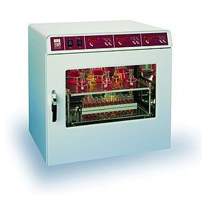 Agitateur incubateur avec chauffage 3032 - GFL