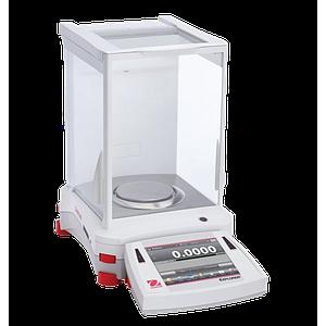 Pesage : balance de laboratoire Ohaus Explorer EX1103